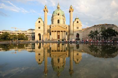 Karlsplatz, Viena