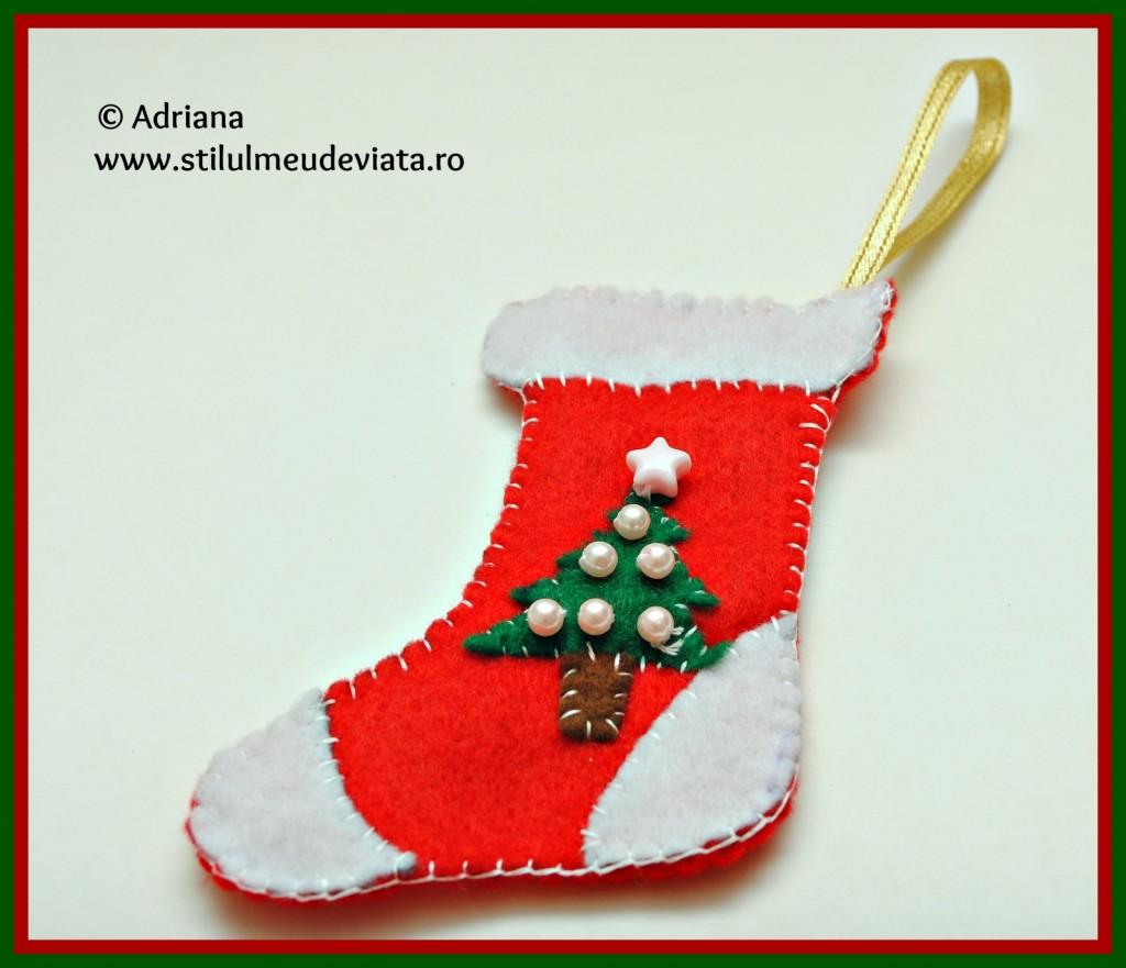 ciorapel din fetru, decoratiune pentru bradul de craciun