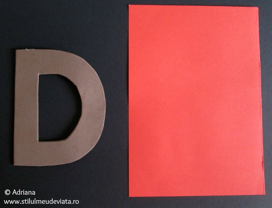 litera D mare