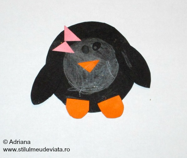 pinguin in forma de cerc