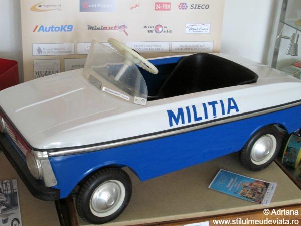 masina de jucarie Militia