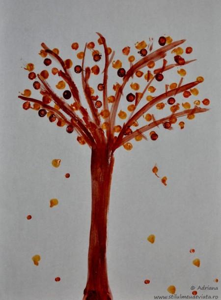 copacel cu frunze ruginii