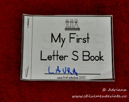 My first letter S book