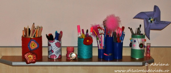 masa de birou, suporturi creioane