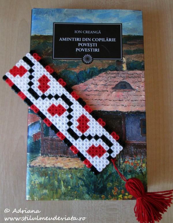 semn de carte cu motive traditionale romanesti, din margele hama