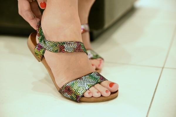 sandale viu colorate de la CCC