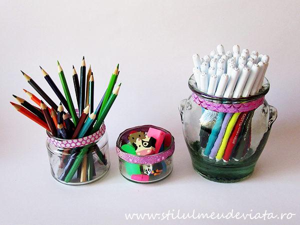borcane, suport pentru creioane, carioci și radiere