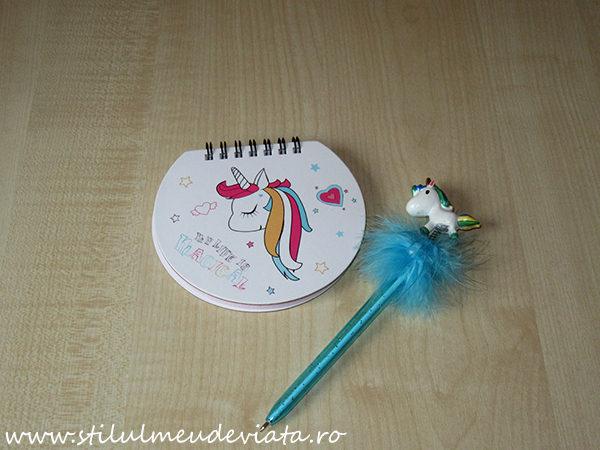 carnețel trendy cu unicorn