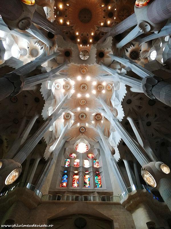 interior Sagrada Familia