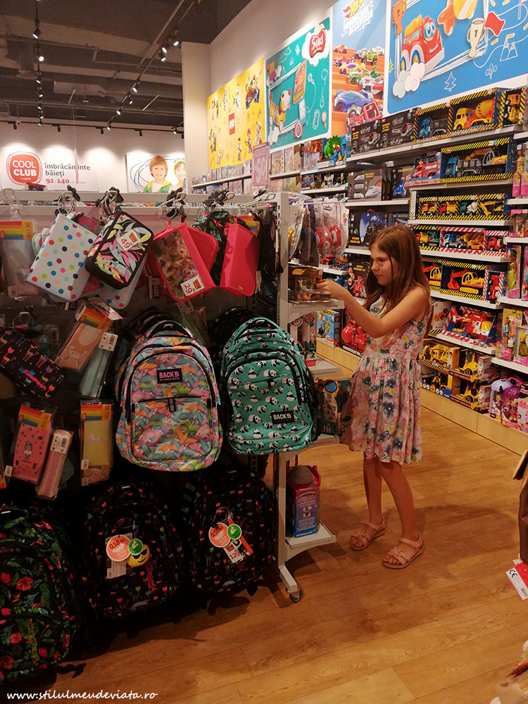 Promotii ghiozdane pentru scoala, magazinul Smyk All for kids!