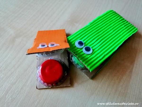 castaniete - instrumente muzicale din materiale reciclate