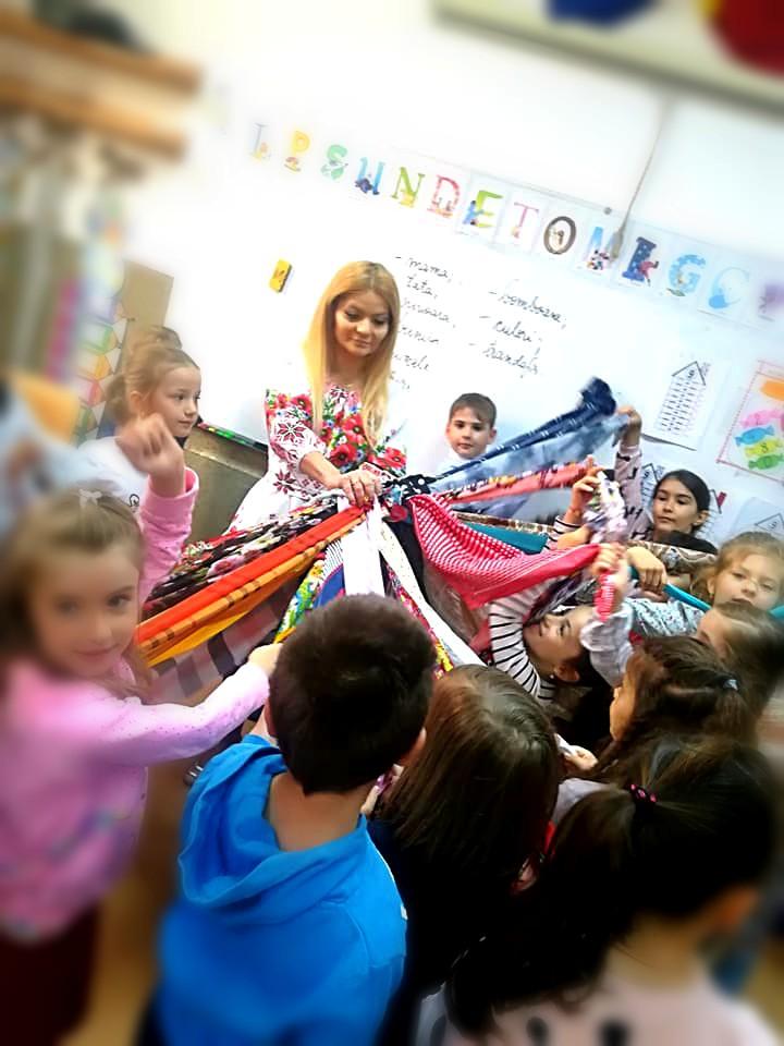 """Natalia Rotaru – învățătoarea care promovează conceptul de """"școală prietenoasă"""""""