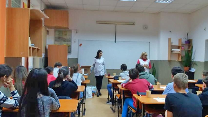 Zâna Merciluță, activitate cu elevii de gimnaziu